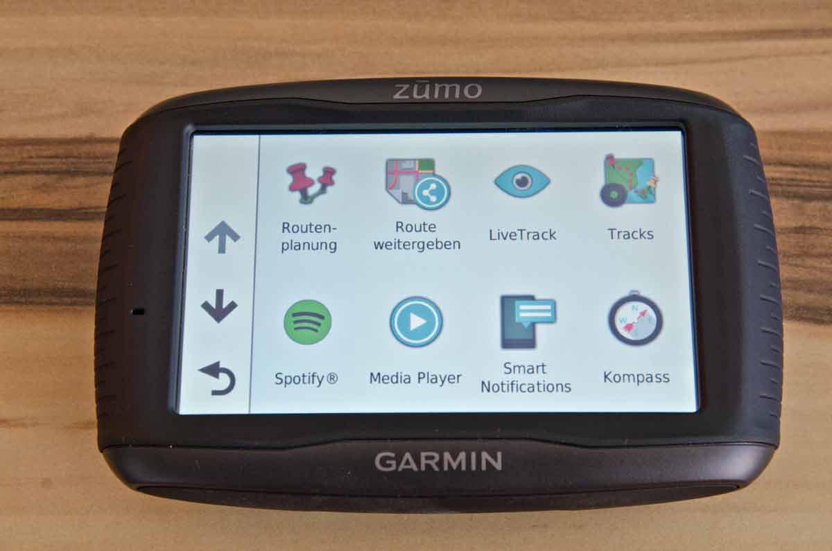 garmin zumo 595lm test motorrad navigation. Black Bedroom Furniture Sets. Home Design Ideas